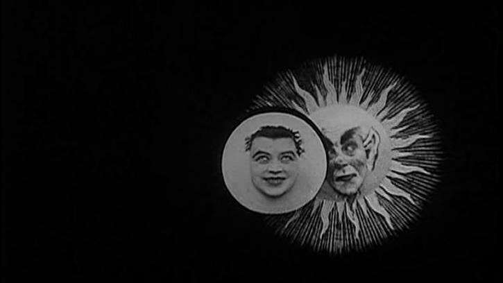 L'Eclipse de soleil en pleine lune