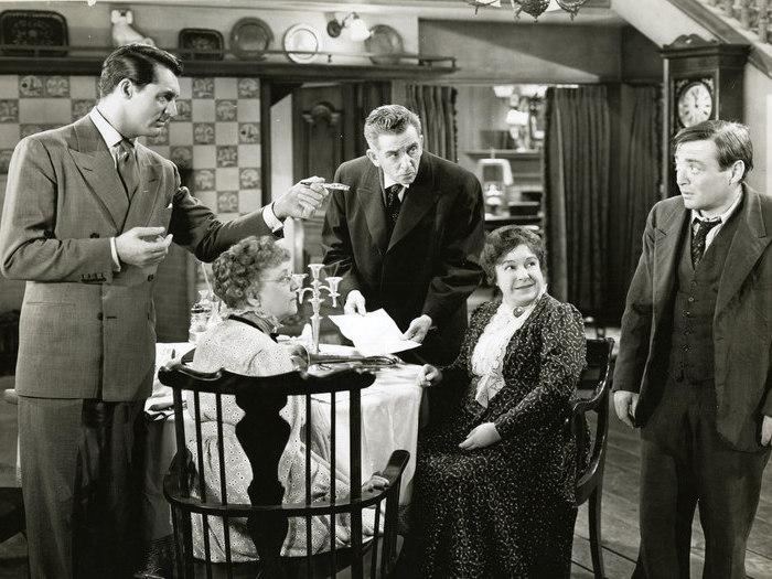 Arsenic et vieilles dentelles (Frank Capra, 1943)