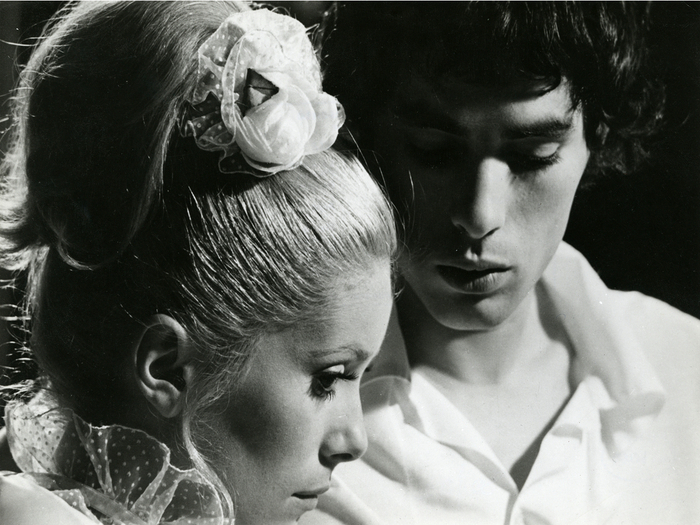 Avec Catherine Deneuve dans Benjamin ou les mémoires d'un puceau, 1967. Photo de plateau, fonds Michel Deville. © Tous droits réservés