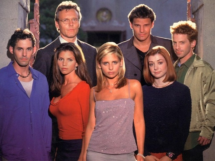 Buffy, Willow, Alex, Giles et le Scooby-Gang
