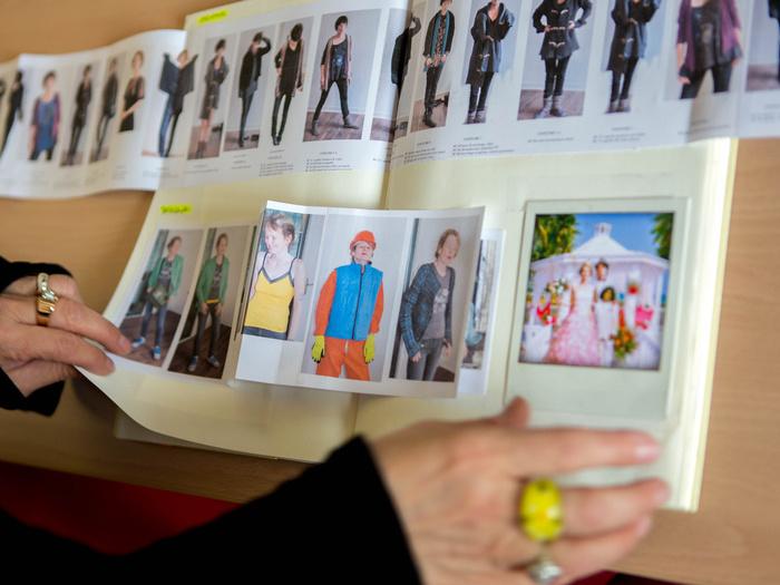 Carnet de costumes de Marie Le Garrec pour Queen of Montreuil (Sólveig Anspach, 2013)