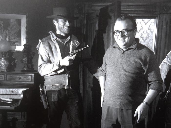Clint Eastwood et Sergio Leone sur le tournage de Pour une poignée de dollars