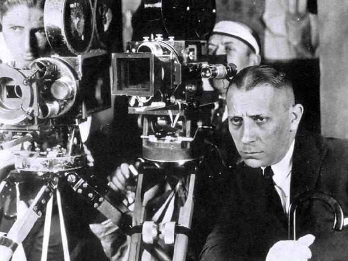 Erich von Stroheim sur le tournage des Rapaces