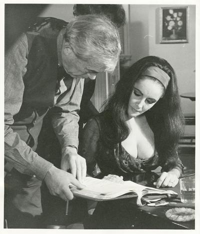 John Huston et Liz Taylor sur le tournage de Reflets dans un œil d'or (DR)