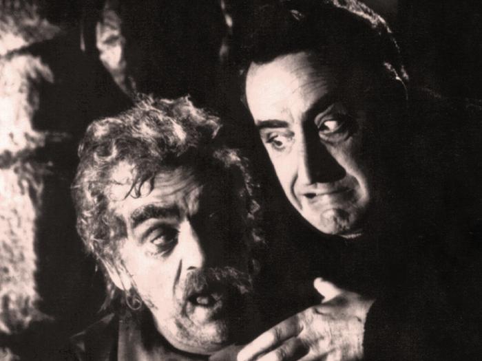 Boris Karloff et Mario Bava sur le tournage des Wurdalaks, deuxième sketch des Trois Visages de la peur (1963)