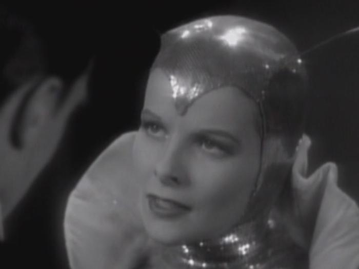 La Phalène d'argent (Dorothy Arzner)