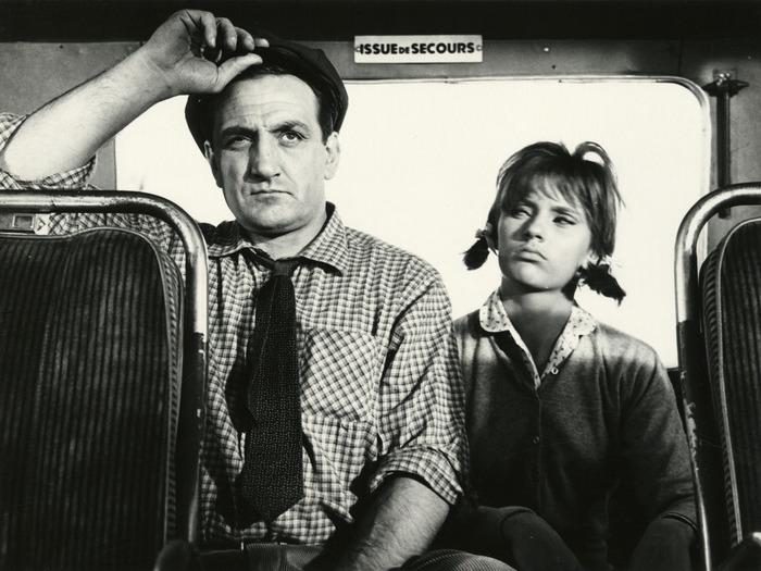 Lino Ventura et Agathe Aëms dans Les Petits Matins. Photographie de plateau, 1961. D.R.