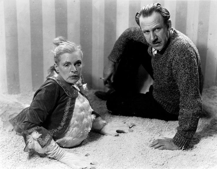 Olga Baclanova et Tod Browning sur le tournage de Freaks