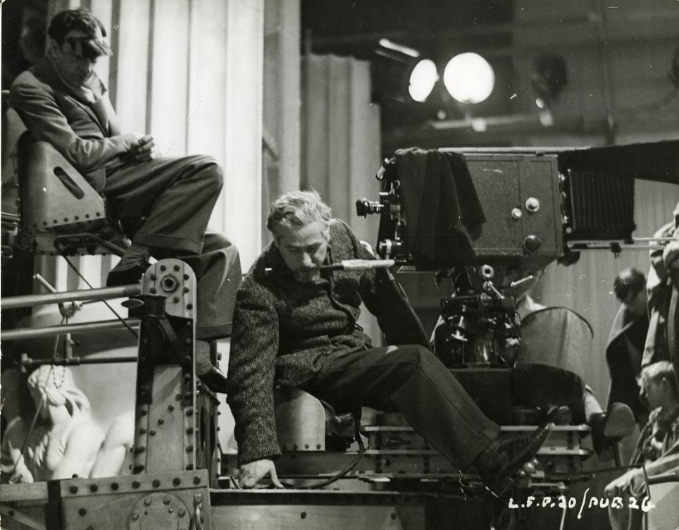 Photographie de tournage de I, Claudius : Josef Sternberg à la caméra