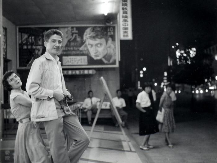 Sylvette Baudrot et Alain Resnais en repérages à Hiroshima