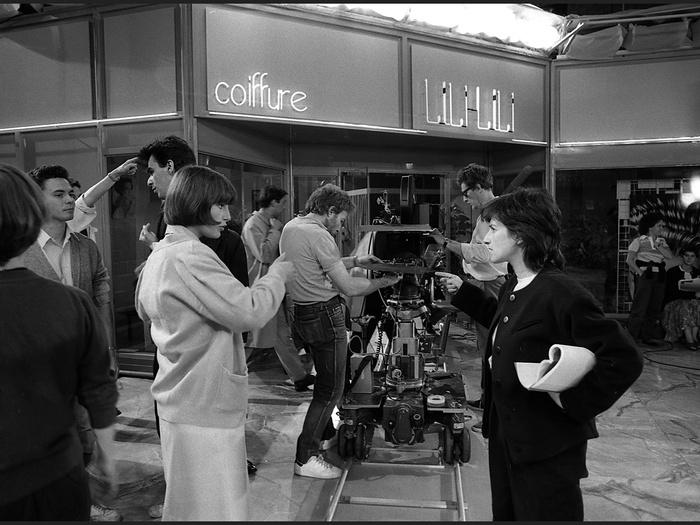 Lio et Chantal Akerman sur le tournage de Golden Eighties (photographie © Jean Ber)