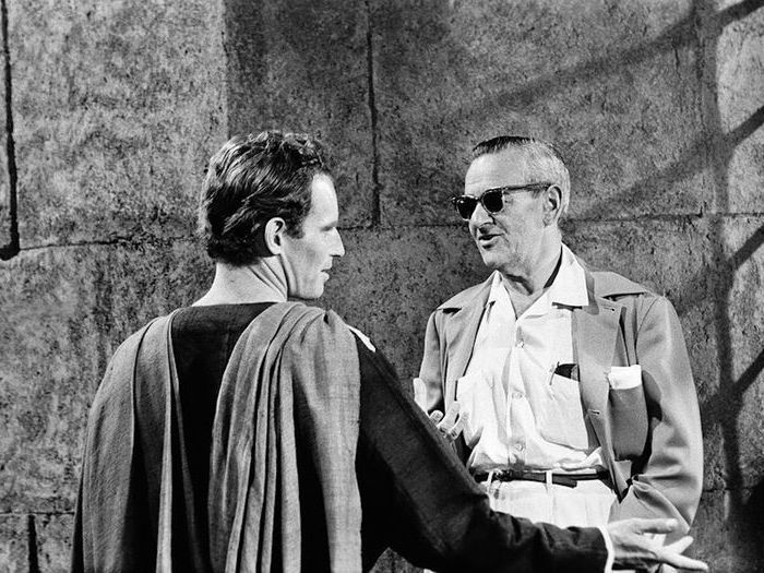 Charlton Heston et William Wyler sur le tournage de Ben-Hur