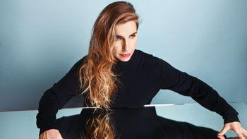 Barbara Carlotti 6 6042802