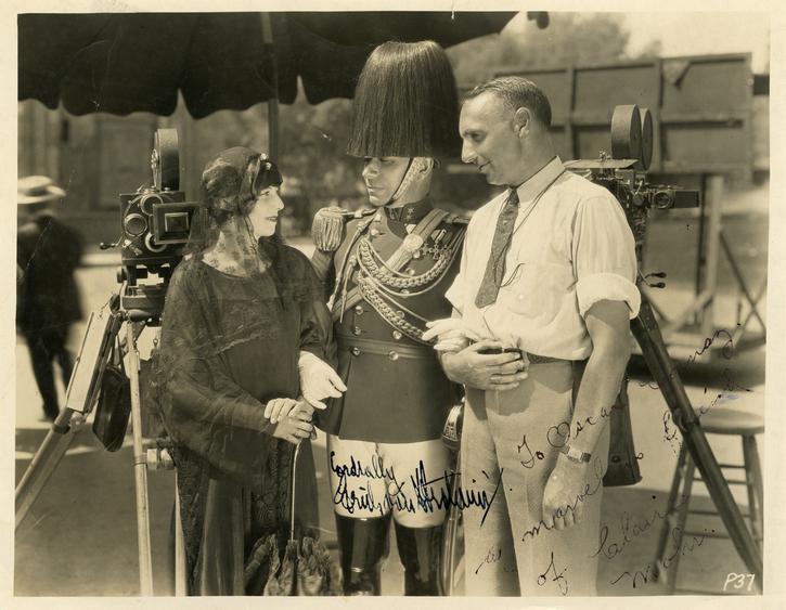 Photographie de tournage de « La Symphonie nuptiale » (Erich von Stroheim, 1926)