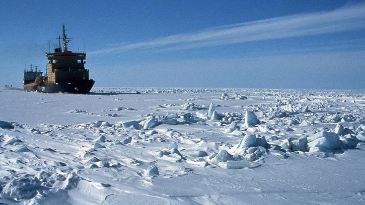 Brise-glace : Bateau givre