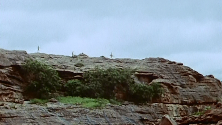 Cimetière dans la falaise