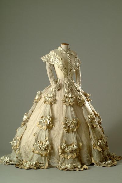 robe-de-mariee-de-marcel-escoffier-pour-lola-montes-max-ophuls-1955