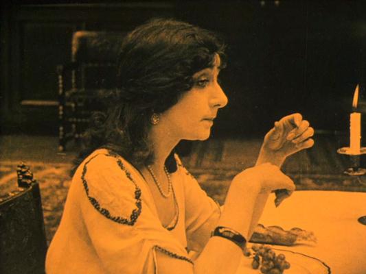 La Nuit du 11 septembre - Dominique Bernard Deschamps - 1919 - Collections La Cinémathèque française