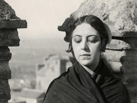 Soleil et ombre - Jacques Lasseyne et Musidora - 1922 - Collections La Cinémathèque française
