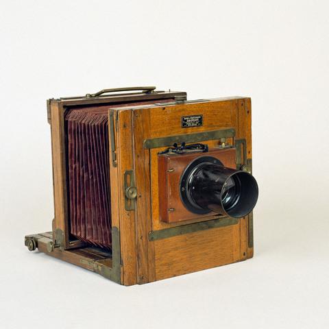 appareil photographique soufflet et plaques ap 95 1249 collection catalogue des. Black Bedroom Furniture Sets. Home Design Ideas