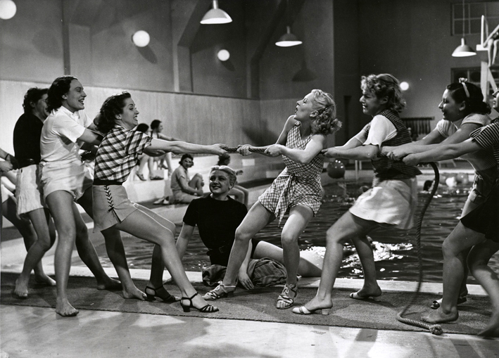 """Infatigable dans """"Club de femmes"""" (Jacques Deval, 1936)"""