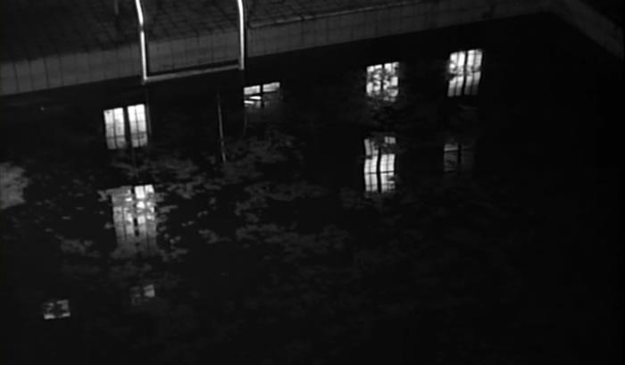 Le pensionnat et la piscine me donneraient à la fois une atmosphère sinistre et, grâce aux enfants, un univers un peu féerique. (Clouzot)