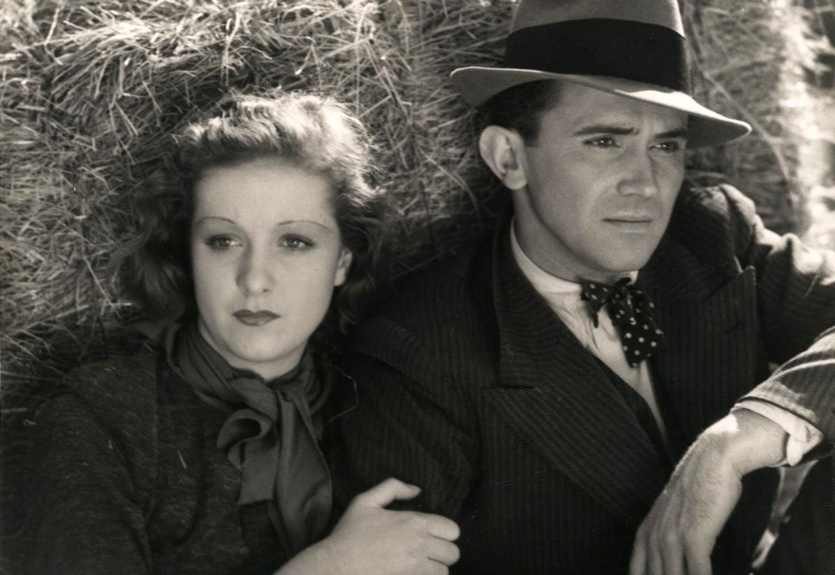 """Dans l'unique film français de Billy Wilder, aux côtés de Pierre Mingand, """"Mauvaise graine"""" (1933)"""