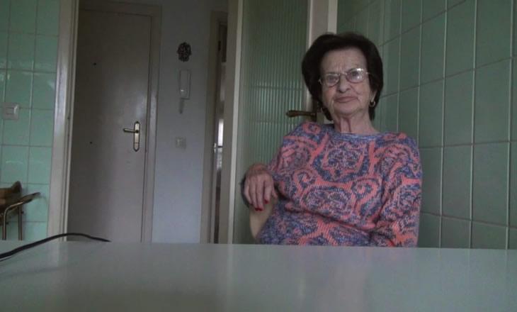 No Home Movie (article)