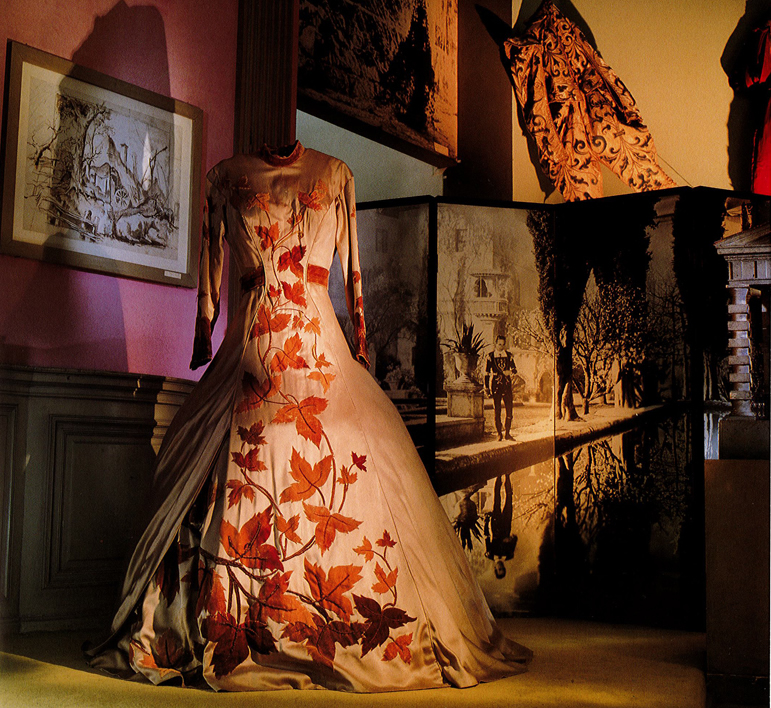 La robe d'Elizabeth Taylor au musée du cinéma